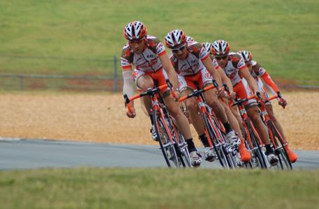 Teamcoaching hier im Bild ein Rennrad-Team